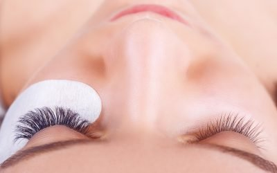 Does Getting Lash Extensions Hurt? Lavish Cincinnati EXPLAINS